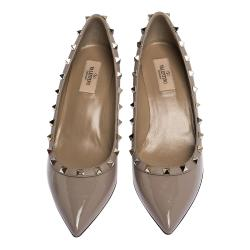 Valentino Poudre Patent Leather Rockstud Pointed Toe Wedge Pumps Size 35