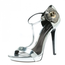 9ab4fe3e0 Versace Metallic Silver Patent Leather Flower Detail T Strap Sandals Size 40