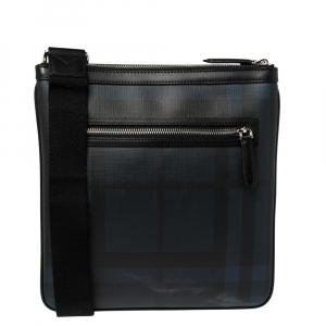 حقيبة ماسنجر بربري بيكلي رفيعة كانفاس مقوى مربعات لندن أسود و أزرق كحلي