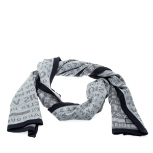 Louis Vuitton Grey Wool Article de Voyage Wool Scarf