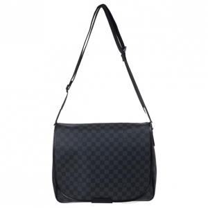 Louis Vuitton Damier Graphite Daniel MM Messenger Bag