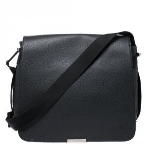 Louis Vuitton Black/Green Taiga Leather and Nylon Viktor Messenger Bag