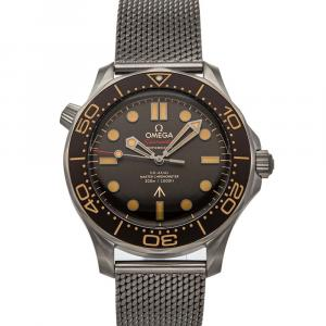 Omega Brown Titanium Seamaster Diver 300M 007 Edition 210.90.42.20.01.001 Men's Wristwatch 42 MM