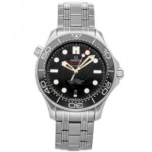Omega Black Stainless Steel Seamaster Diver 300m James Bond Limited Edition 210.22.42.20.01.004 Men's Wristwatch 42 MM
