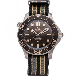 Omega Black Titanium Seamaster Diver 300m 007 Edition 210.92.42.20.01.001 Men's Wristwatch 42 MM