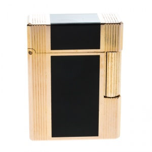 S.T. Dupont Black Chinese Lacquer Textured Gold Plated Lighter