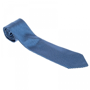 Tom Ford Blue and White Herringbone Pattern Embroidered Traditional Silk Tie