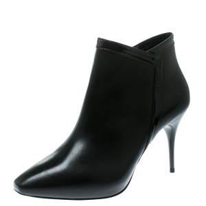 Alexander McQueen Black Leather Ankle Booties Size 39