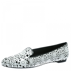 Alexander McQueen Monochrome Laser Cut Patent Leather Smoking Slippers Size 39