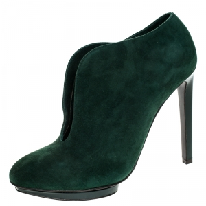 Alexander McQueen Green Suede V Cut Ankle Booties Size 39