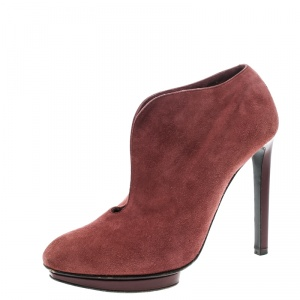 Alexander McQueen Red Suede Ankle Boots Size 37.5 - used