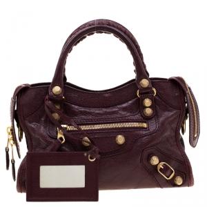 حقيبة بالنسياغا ميني سيتي جلد أحمر بإكسسوار ذهبي