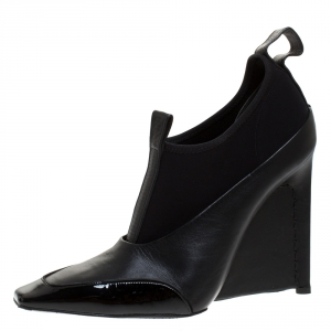 Balenciaga Black Leather and Neoprene Scuba Wedge Ankle Boots Size 40 - used