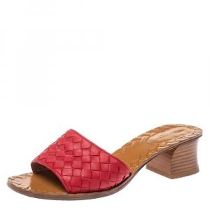 Bottega Veneta Red Intrecciato Leather Ravello Slide Sandals Size 36