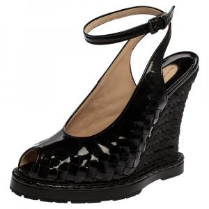 Bottega Veneta Black Intrecciato Patent Leather Jute Wedge Sandals Size 38 - used