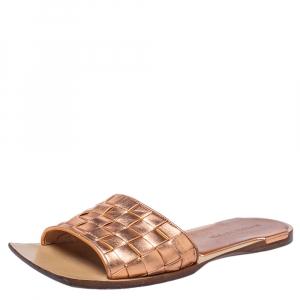Bottega Veneta Rose Gold Leather Intrecciato Slides Sandals Size 40