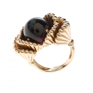 Boucheron Frou Frou Garnet Cabochon 18k Rose Gold Cocktail Ring Size 50