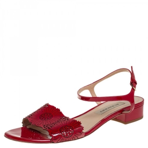 Burberry Red Laser Cut Patent Leather Adenvale Ankle Strap sandals Size 41 - used