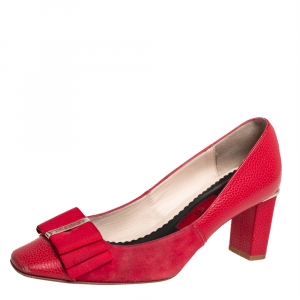 Carolina Herrera Red Leather and Suede Bow Pumps Size 37