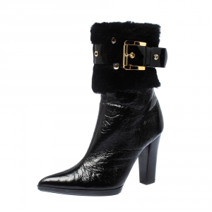 Casadei Black Patent Leather and Fur Buckle Belted Ankle Boots Size 37.5 - used