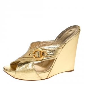 Casadei Metallic Gold Leather Criss Cross Buckle Wedge Sandals Size 37 - used