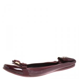 CH Carolina Herrera Burgundy Leather And Patent Leather Bow Ballet Flats Size 37