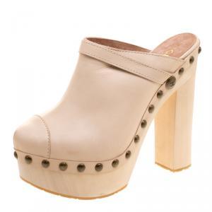 حذاء شانيل نعل سميك خشب مرصع جلد بيج مقاس 40