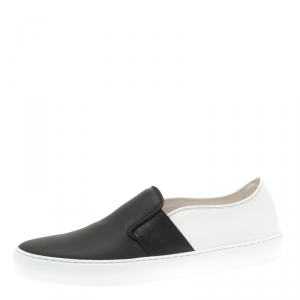 Chanel Monochrome Leather Slip On Sneakers Size 39.5