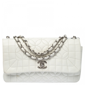 Chanel White Quilted Leather Shoulder Bag