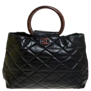 Chanel Black Quilted Leather Resin Ring Handle Bag