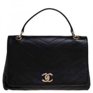 Chanel Black Chevron Leather Medium Chic Flap Bag