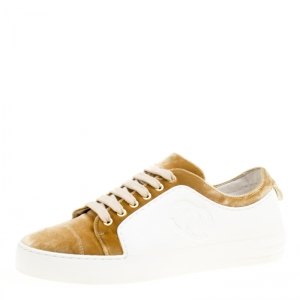 Chanel Gold/White Velvet and Rubber Metiers D'Art 2017 Paris Cosmopolite Collection Platform Sneakers Size 36