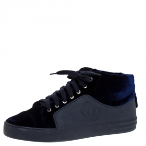 Chanel Blue Velvet And Rubber Cap Toe CC  Sneakers Size 39.5