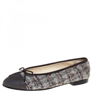 Chanel Grey Tweed And Leather Cap Toe CC Bow Ballet Flats Size 38