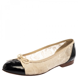 Chanel White/Black Lace and Patent Leather Bow Ballet Flats Size 39.5