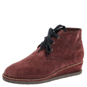 Chanel Burgundy Suede Chain Around Wedge Ankle Boots Size 39 - used
