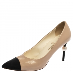 Chanel Light Beige/Black Patent Leather Faux Pearl Cap Toe Pointed Toe Pumps Size 39.5
