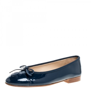 Chanel Blue Patent Leather Bow CC Cap Toe Ballet Flats Size 35.5