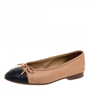 Chanel Beige/Black Leather Bow CC Cap Toe Ballet Flats Size 35