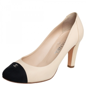 Chanel Beige And Black Leather CC Cap Toe Pumps Size 38