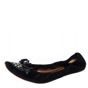 Chloe Black Satin Embellished Pointed Toe Scrunch Ballet Flats Size 42 - used