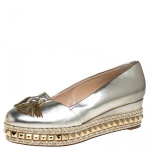 حذاء اسبادريل كريستيان لوبوتان مرصع كارميل جلد ذهبي ميتاليك مقاس 38