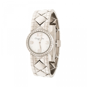 ساعة يد نسائية كريستيان ديور كريس كولكشن D86-101 صدف و ألماس أبيض 24 مم