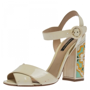 Dolce & Gabbana Cream Patent Leather Ankle Strap Block Heel Sandals Size 36 - used