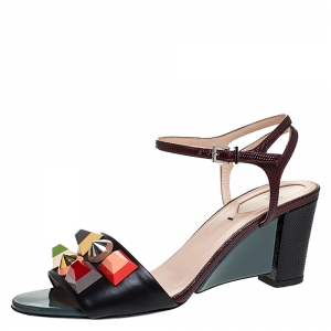 Fendi Multicolor Lizard Embossed And Leather Fantasia Studded Ankle Strap Sandals Size 37.5 - used