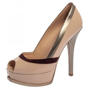 حذاء كعب عالي فندي فنديستا مقدمة مفتوحة نعل سميك جلد لامع و سويدي ثلاثي اللون مقاس 39