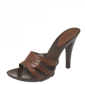 Fendi Brown Leather Slip On Mules Sandals Size 38.5