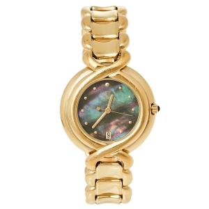 ساعة يد نسائية فندي 700جي ستانلس ستيل لون ذهبي صدف 35 مم
