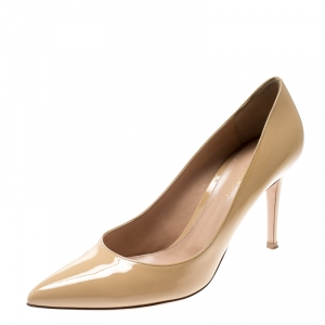 Gianvito Rossi Beige Patent Leather Pointed Toe Pumps Size 41