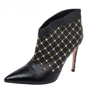 Gianvito Rossi Black Leather Studded Ankle Boots Size 37.5 - used